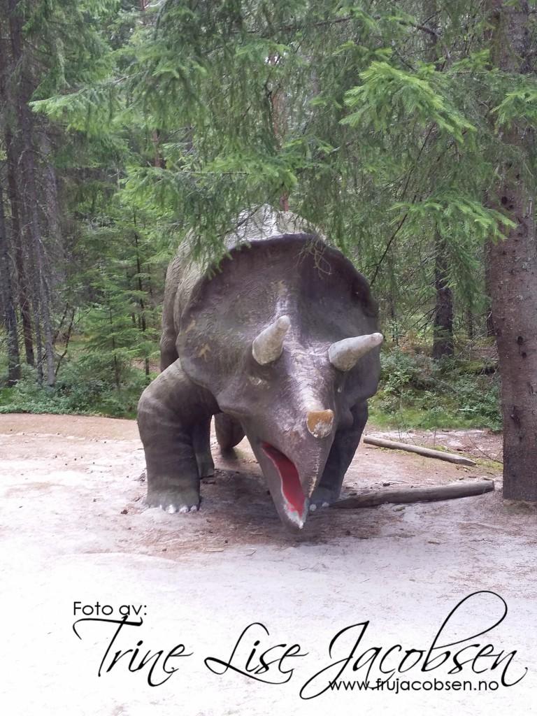 sommarland dinosaurer