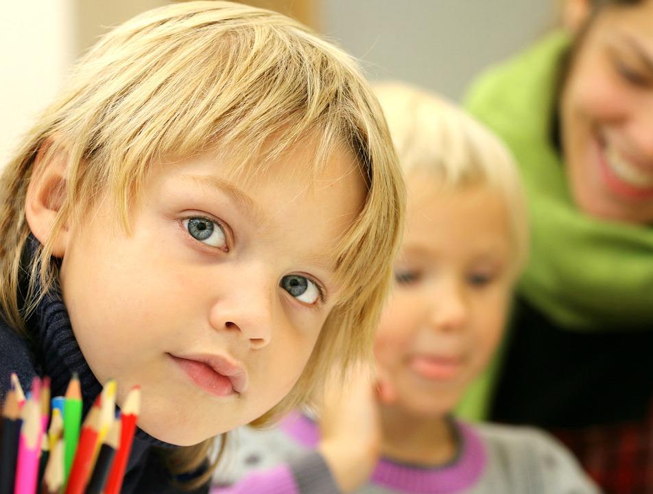 snakke med barna om skolen
